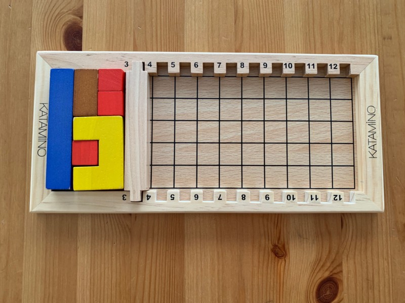 小さいブロックを使えば幼児でも簡単にできる