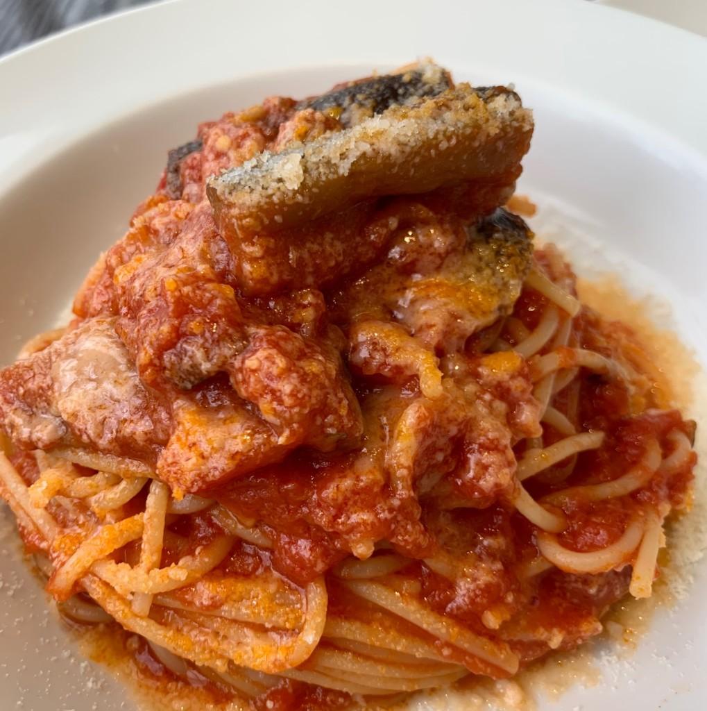 ルースロウ 東急のトマトとモッツァレラパスタ